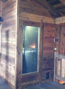 mini-ascenseur dans un chalet